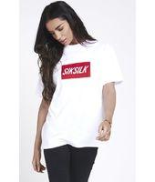 Camiseta SikSilk Box Print Retro – Blanco